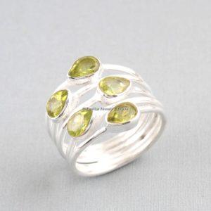 womens peridot ring