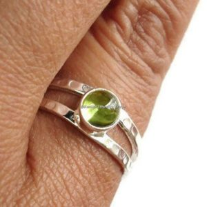 silver peridot rings august birthstone